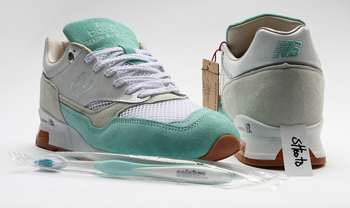 Заношенная подошва на кроссовках