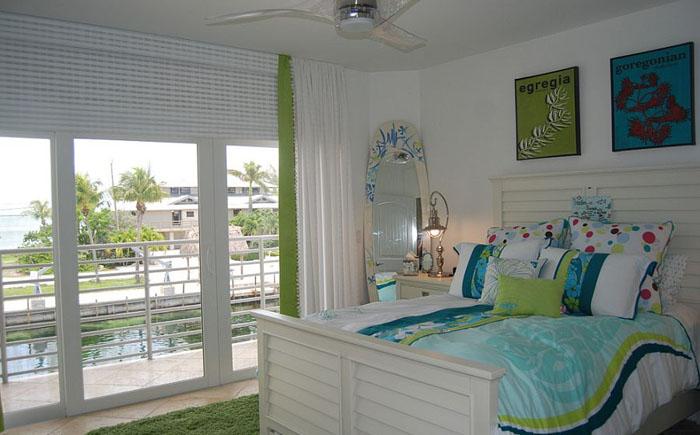 Детская спальня в сине-зелёных тонах
