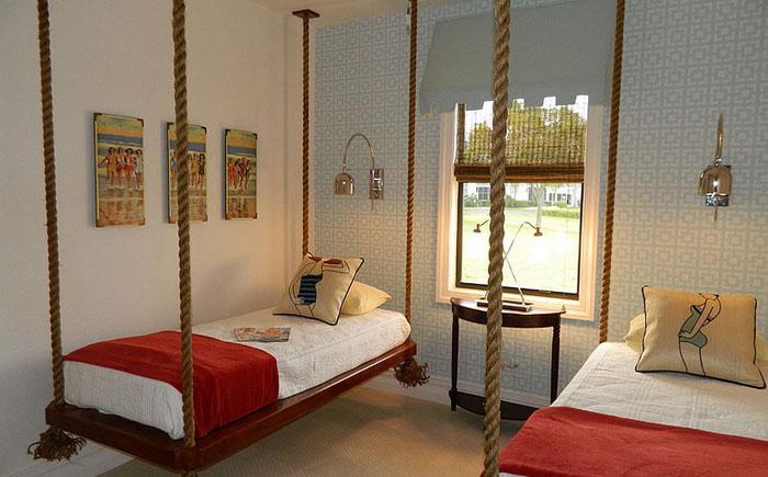 Подвесные кровати от  A Coastal Home