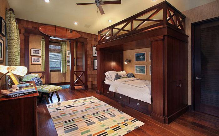 Роскошная спальня с двухъярусной кроватью