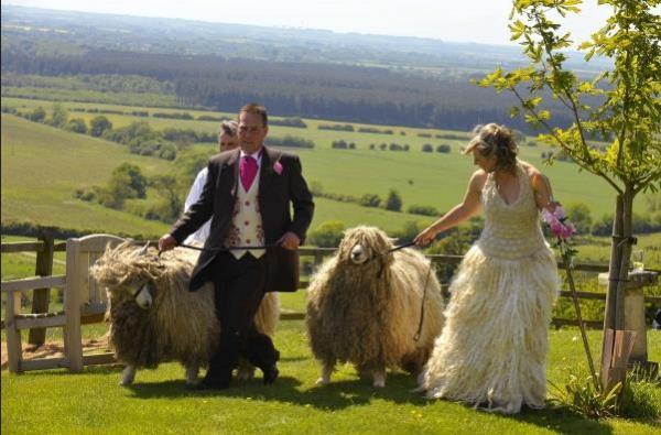 Шерстяное свадебное платье своими руками