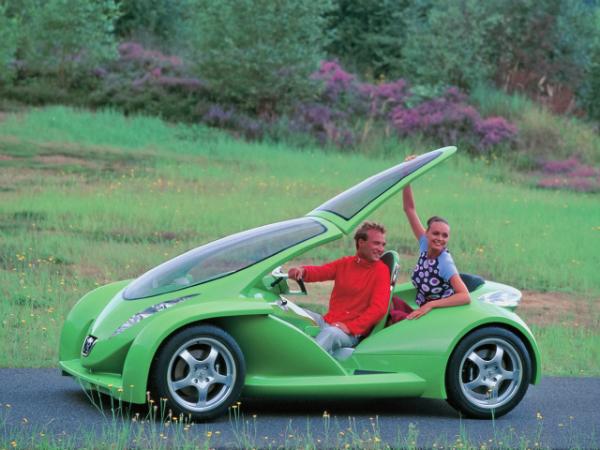 Автомобиль-скутер vroomster
