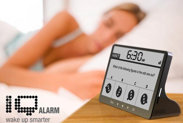 iQ Alarm Clock предлагает решить несколько задач, чтобы окончательно проснуться