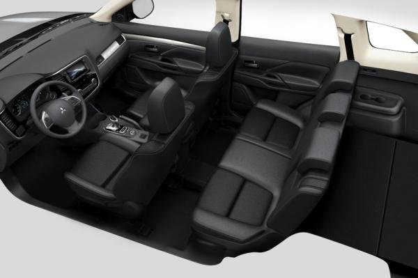 Салон Mitsubishi Outlander 2014