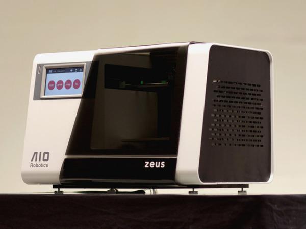 3D копировальный аппарат Zeus