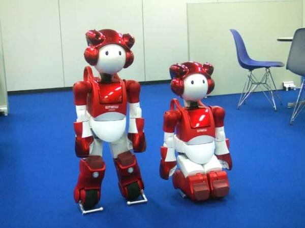 Робот-гид EMIEW