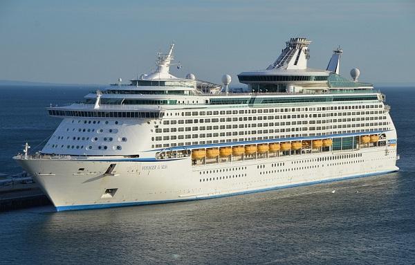 «Плавучий отель» Voyager of the Seas