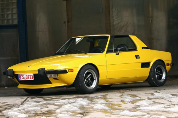 Спорткар Fiat X1/9
