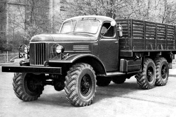 Грузовой автомобиль ЗиЛ-157