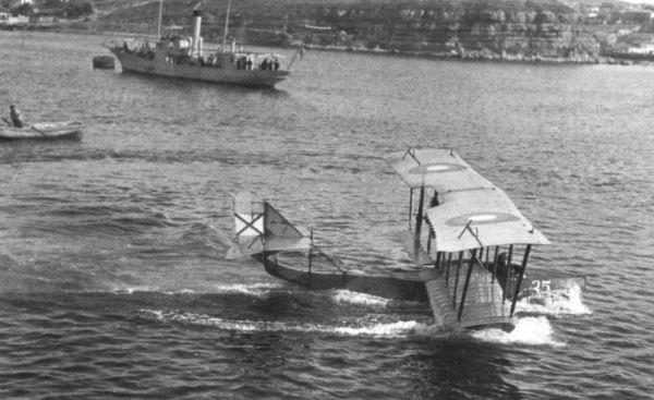 Один из первых в мире гидросамолетов - М-5