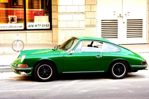 V место: Porsche 911