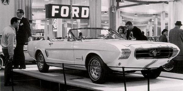 Окончательный вариант концепта Mustang I