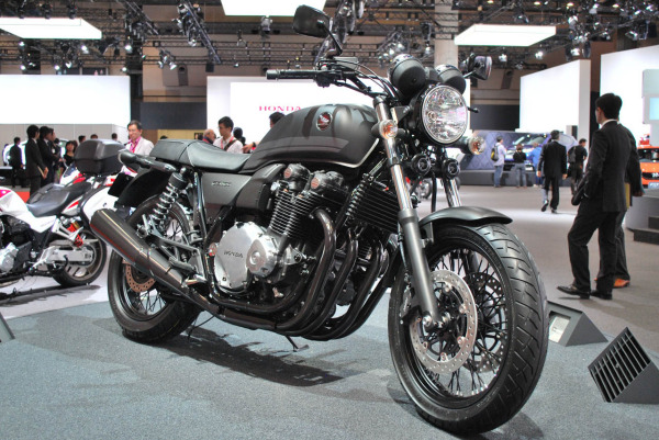 Кафе-рейсер Honda CB1100EX