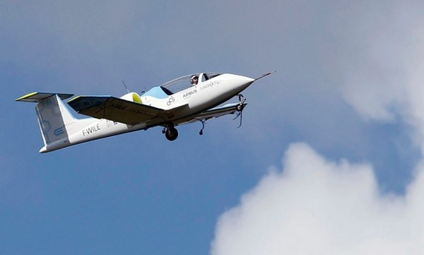 Airbus E-Fan – электрический самолет к 2017 году