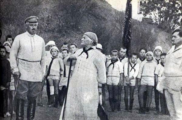 Клара Цеткин в лагере Артек. Источник фото: artekovetc.ru