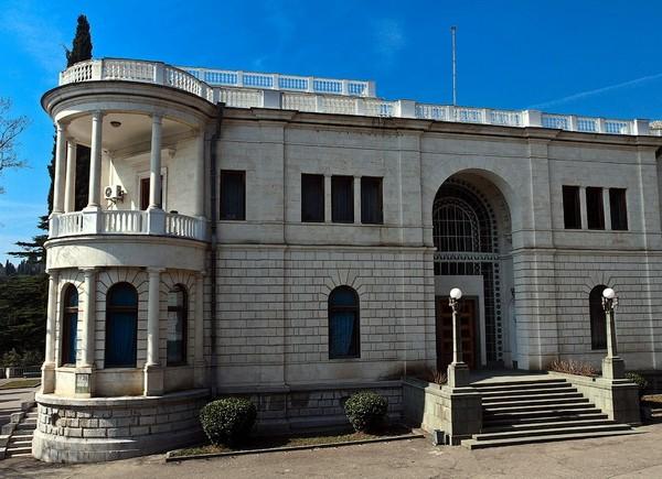 Дворец Суук-Су. Источник фото: macos.livejournal.com
