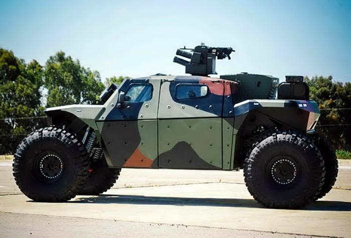 Combat Guard – армейская машина, которая позволит пережить зомби-апокалипсис