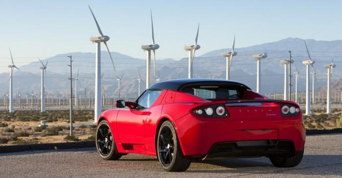 Новый вариант электромобиля Tesla Roadster