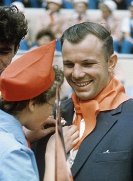 Юрий Гагарин в лагере Артек. Источник фото: ria.ru