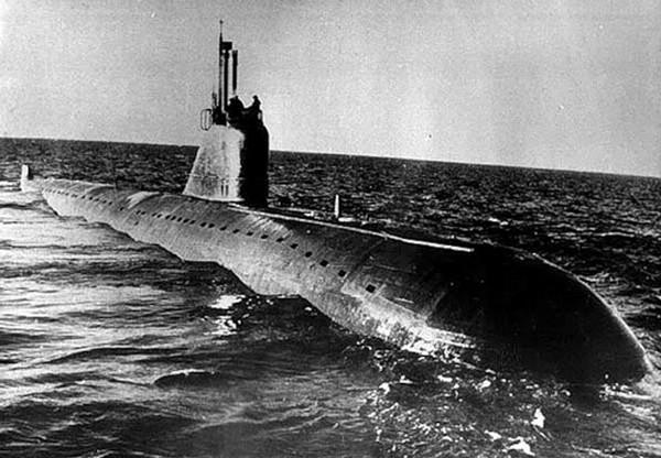 Подводная лодка «Ленинский комсомол»