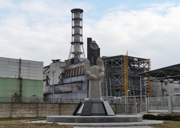 Чернобыльская АЭС: оружие массового поражения своих