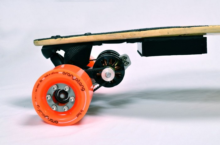 Boosted Boards – скейтборд для ленивых
