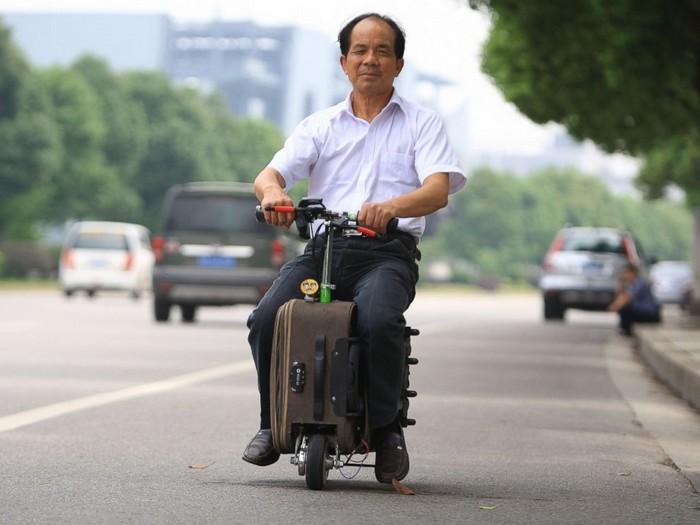 Скутер в чемодане от китайского изобретателя