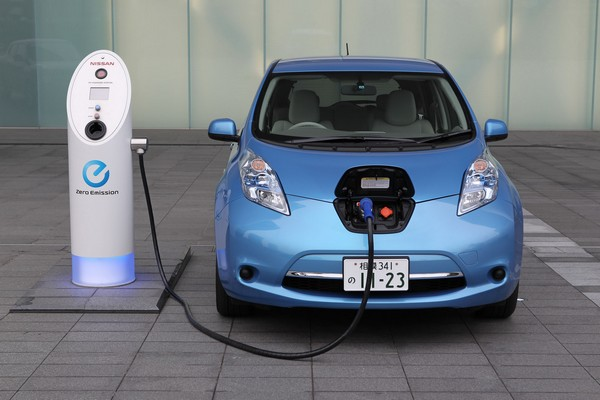 Электромобиль Nissan Leaf. Источник фото: electriccarrange.co.uk