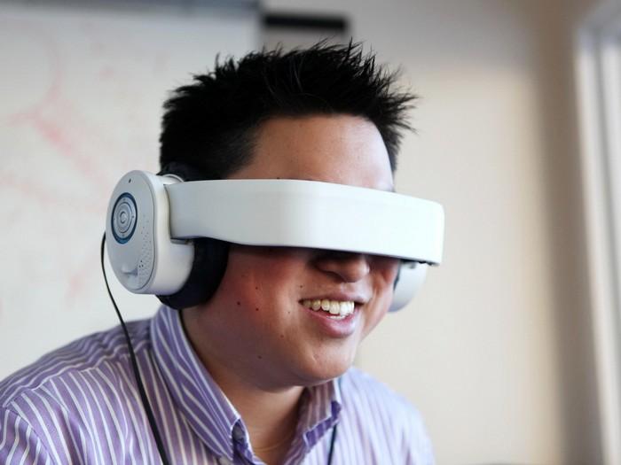 Glyph – очки виртуальной реальности на базе наушников