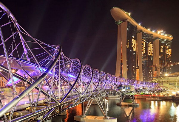 Helix Bridge в Сингапуре. Источник фото: arup.com