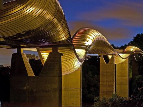 Henderson Waves Bridge в Сингапуре. Источник фото: mirkrasiv.ru