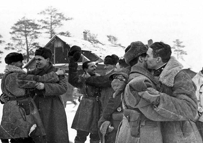 Советские солдаты, осуществившие прорыв Блокады Ленинграда