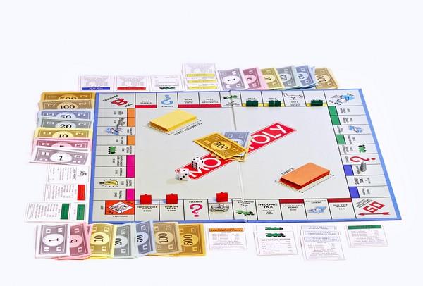 Монополия – учебник юного капиталиста. Источник фото: monop.com