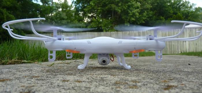 SYMA X5C – дешевый беспилотник с камерой на 2 Мп