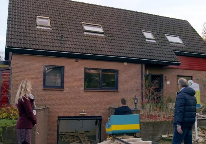 Американские горки от компании Verder met Wonen в обычном частном особняке в Нидерландах