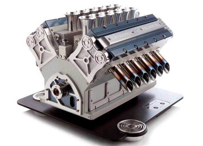 V12 – эспрессо-машина в стиле Formula 1