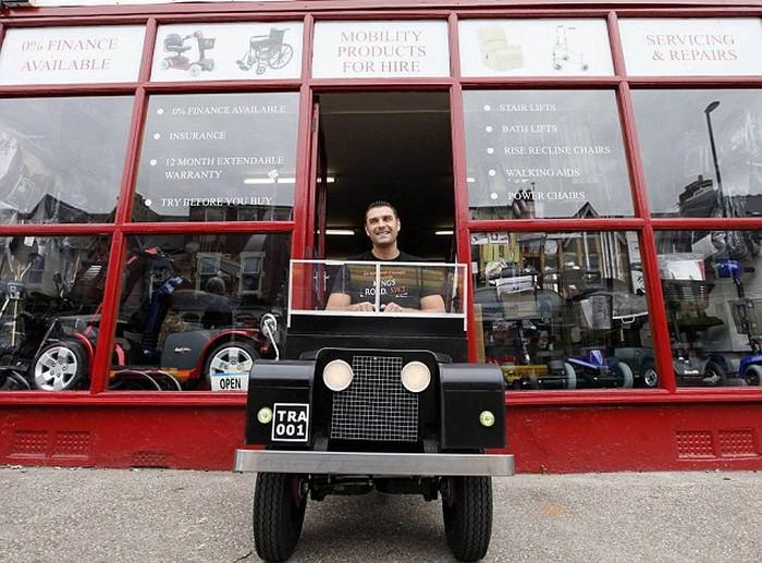Land Rover и Harley Davidson для стариков и инвалидов