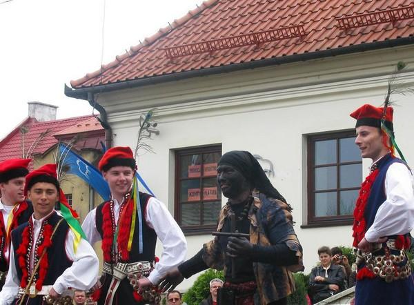 Сюда-баба на Пасху в городе Величка под Краковом. Источник фото: wieliczkacity.pl