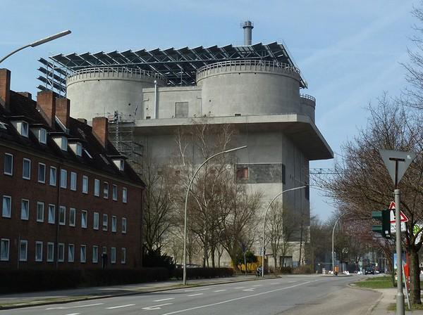 Energy Bunker: из нацистского бункера в зеленую электростанцию. Источник фото: iba-hamburg