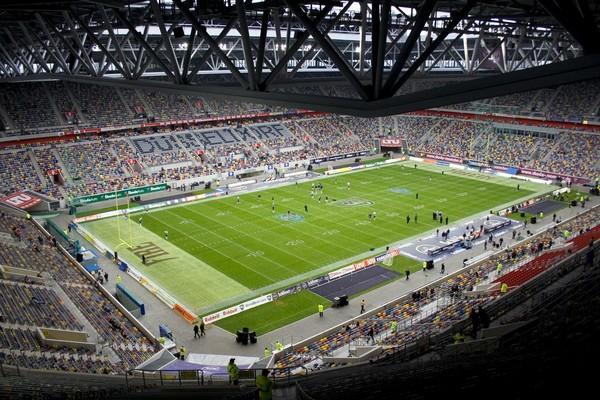 Стадион ESPRIT-Arena в Дюссельдорфе