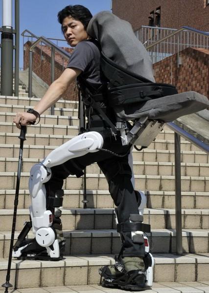 Железный человек   5 реально существующих экзоскелетов. Открыта запись на испытания первого отечественного экзоскелета. | Экзоскелет ЭкзоАтлет программы для Андроид Навигация Железный человек автогаджеты XOS 2 TALOS Mobile Suit Hybrid Assistive Limb GPS устройства GPS навигация GPS гаджет