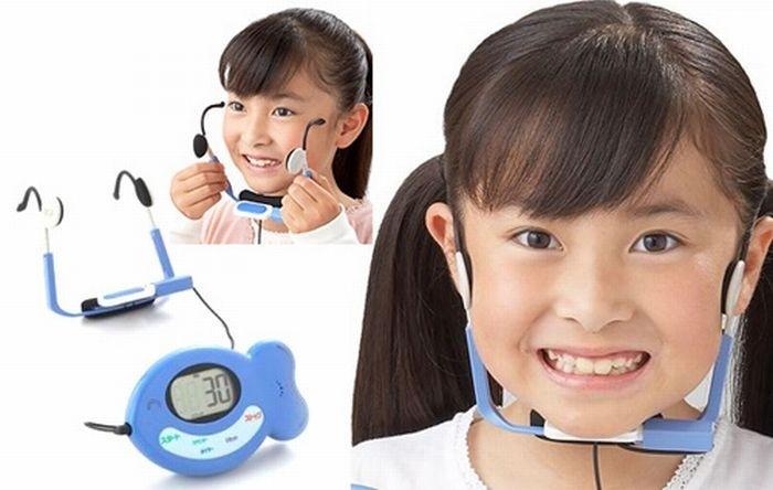 Японский тренажер улыбки Electro Smile