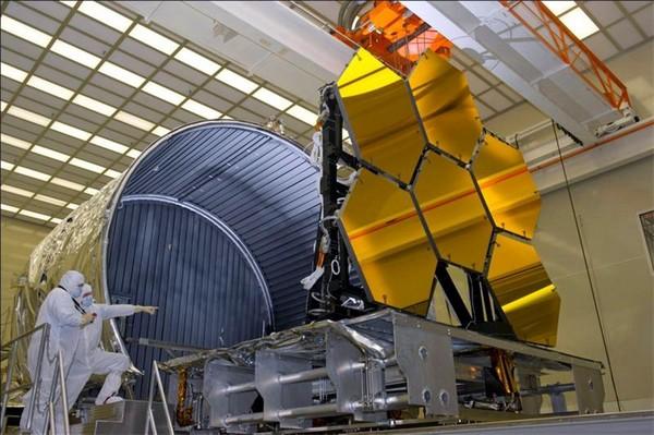 Строительство телескопа Хаббл