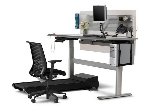 Рабочий стол с беговой дорожкой