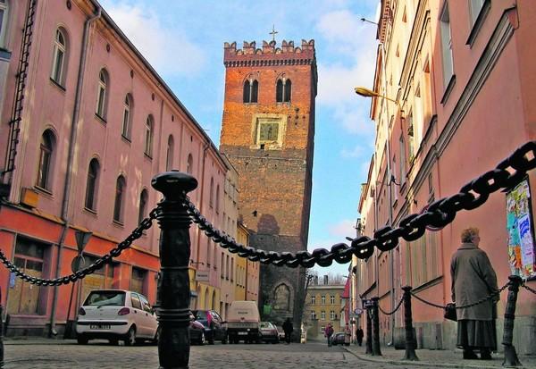 Кривая башня. Зомбковице-Сленске. Польша