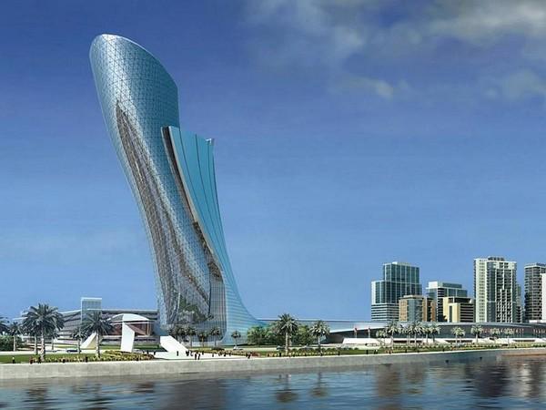 Падающая башня Абу-Даби. ОАЭ