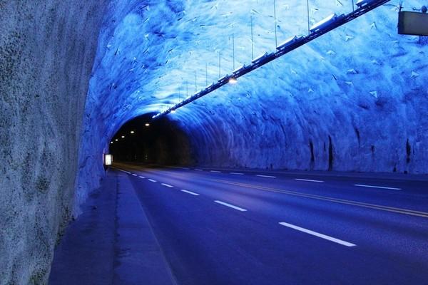 Лердальский тоннель. Источник фото: luvida.livejournal.com