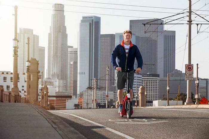 CitySurfer – электрический скутер-самокат от легендарной компании MINI