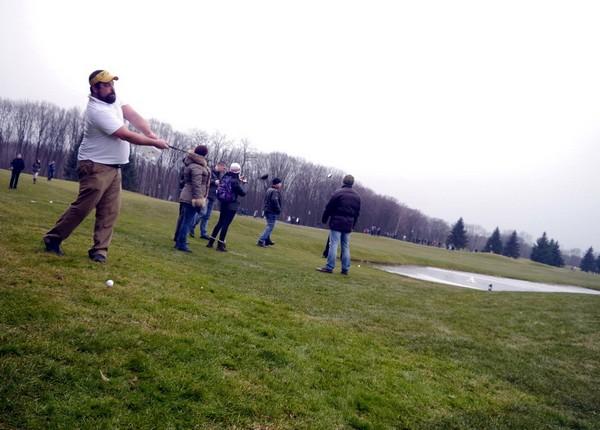 Поле для гольфа в резиденции Межигорье. Источник фото: lyoshko.livejournal.com