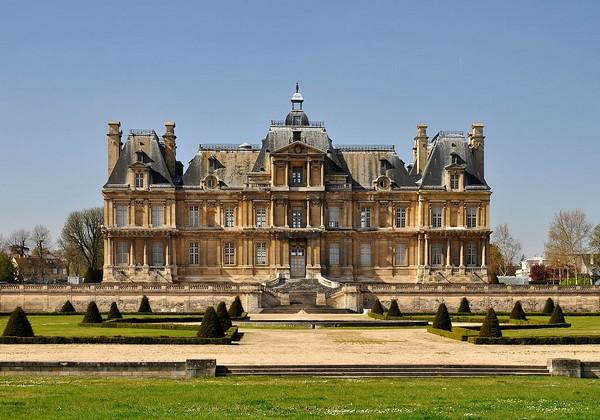 Оригинальный французский замок Мезон-Лаффит